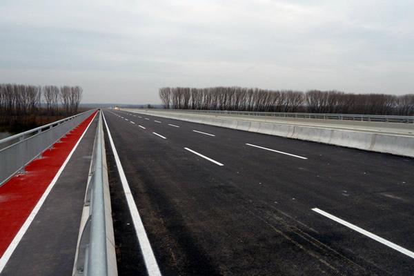 Kada će zvanično biti otvoren most Zemun Borča - 2014