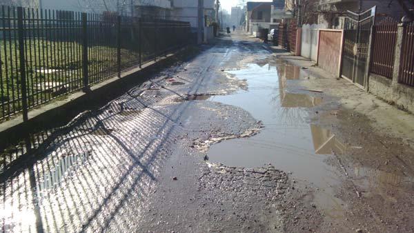 Da li su vaše ulice prepune blata i rupa ?15.1.2015. 01