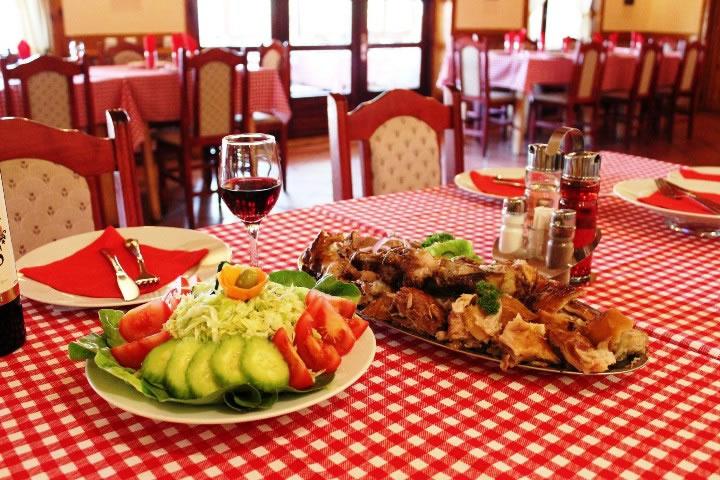 Hrana i za telo, i za dušu – Salaš Vojvodić - Borča - Beograd