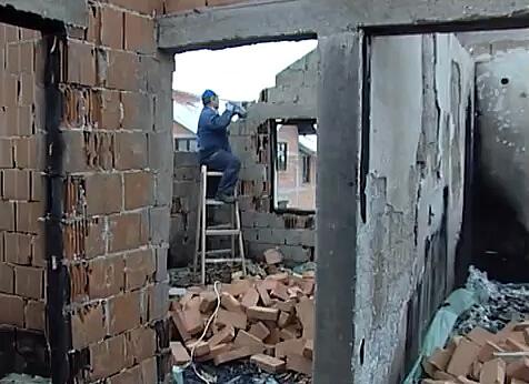 Počela obnova kuće u Borči