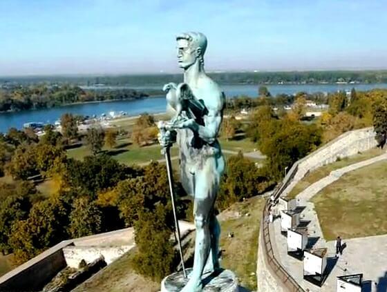 Beograd na dlanu - LOBI kao HOBI