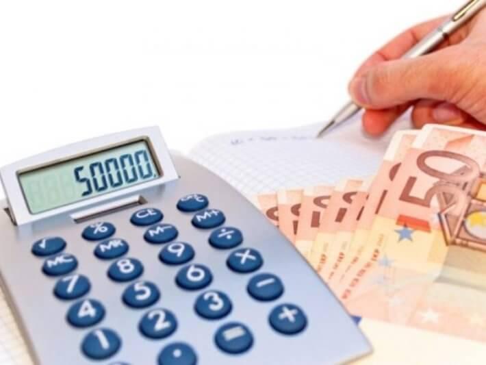 Otplata kasni jer krediti jedu plate - 14.10.2013