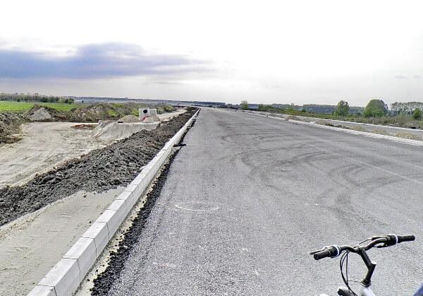 Od Kineza do Zrenjanica prestalo još 2km asfalta - 15.04.2014