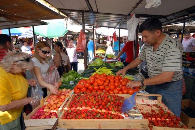 Nema zloupotrebe tržišta: Cene na Borčanskoj pijaci iste čak i jeftinije
