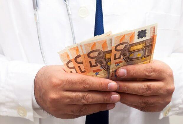 Prijavite lekare koji Vam traže pare!