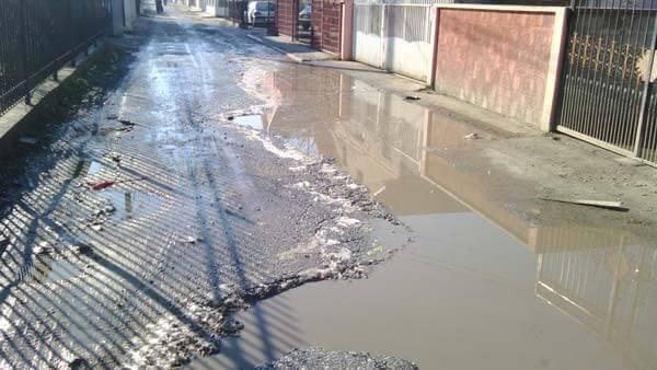 Da li su vaše ulice prepune blata i rupa ?15.1.2015.