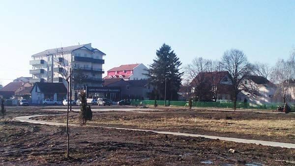Gradi se novi parkić za decu u Borči-2015