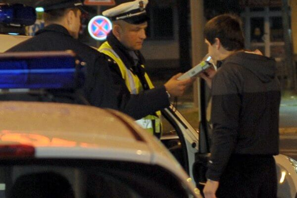 Saobraćajci za vikend zaustavili 248 alkoholisanih vozača, racija bila i u Borči-2015