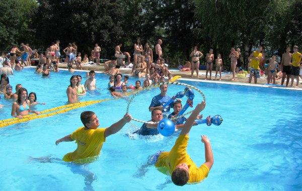 I sutra besplatan ulaz na bazene za školarce - 2015